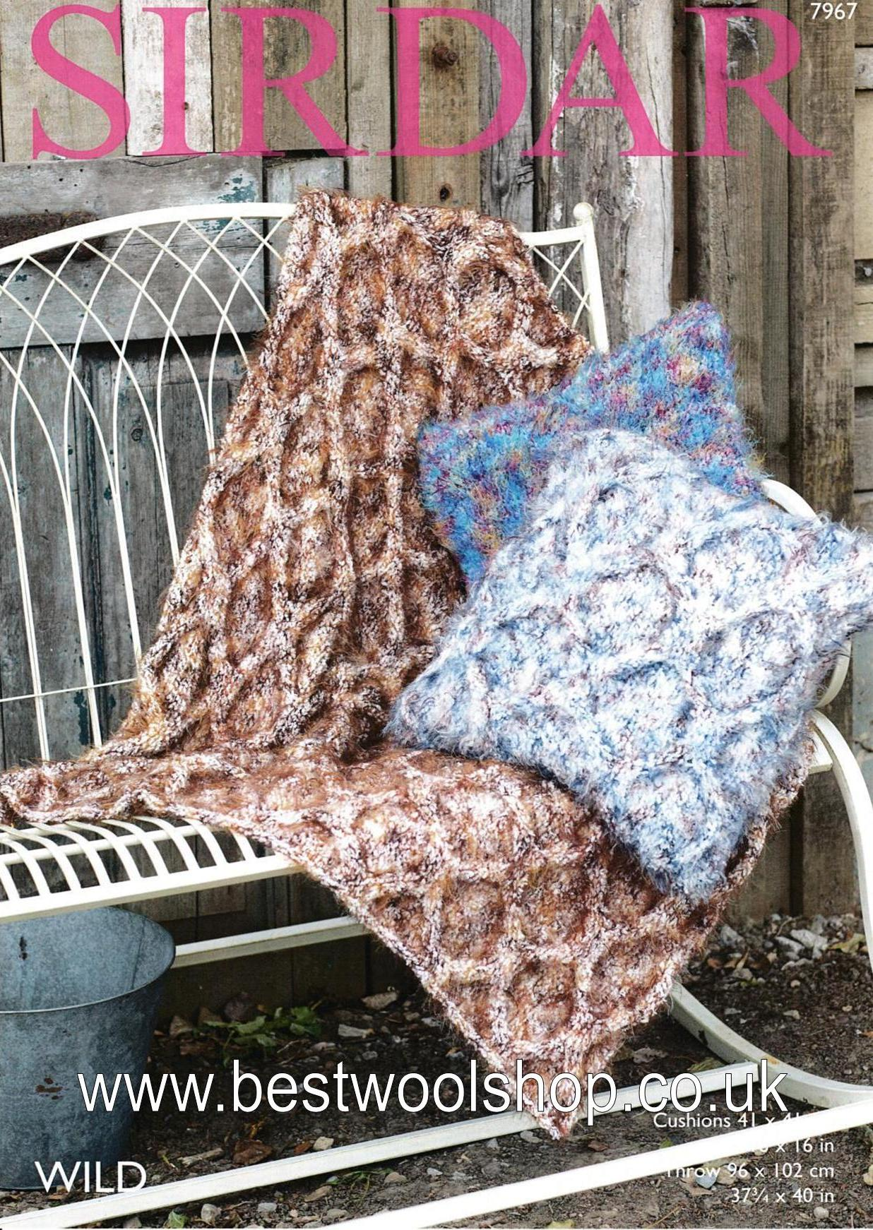 7967 - SIRDAR WILD SUPER CHUNKY CUSHION & THROW BLANKET KNITTING PATTERN